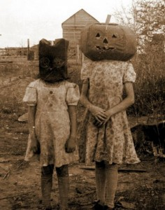 115116d1339798513-vintage-halloween-photos-5277724533494196_ewnwqjb0_c